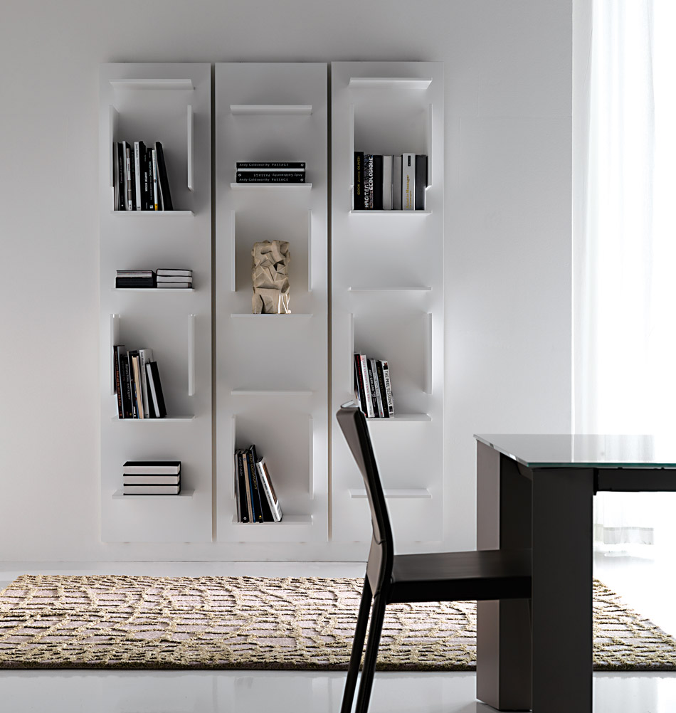 cattelan italia modernes b cherregal in wei. Black Bedroom Furniture Sets. Home Design Ideas