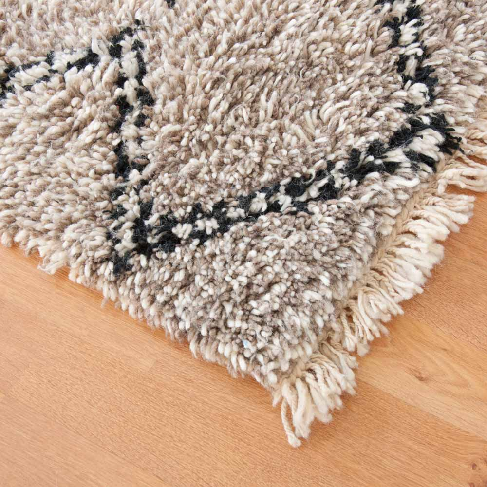berber teppich namik beni ouarain bei. Black Bedroom Furniture Sets. Home Design Ideas