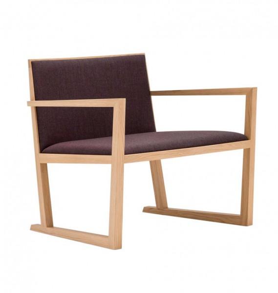 Moderner Holzsessel - Design von Andreu World