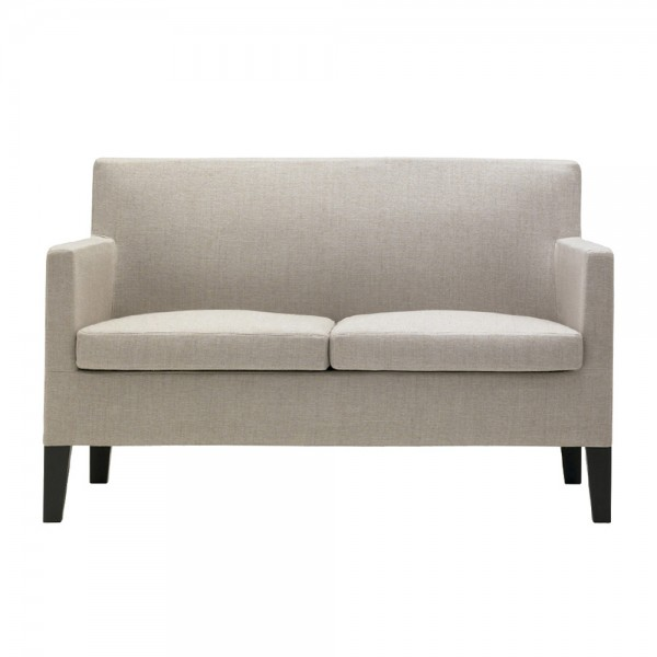 Design mit Landhauschic: Sofa von Andreu World