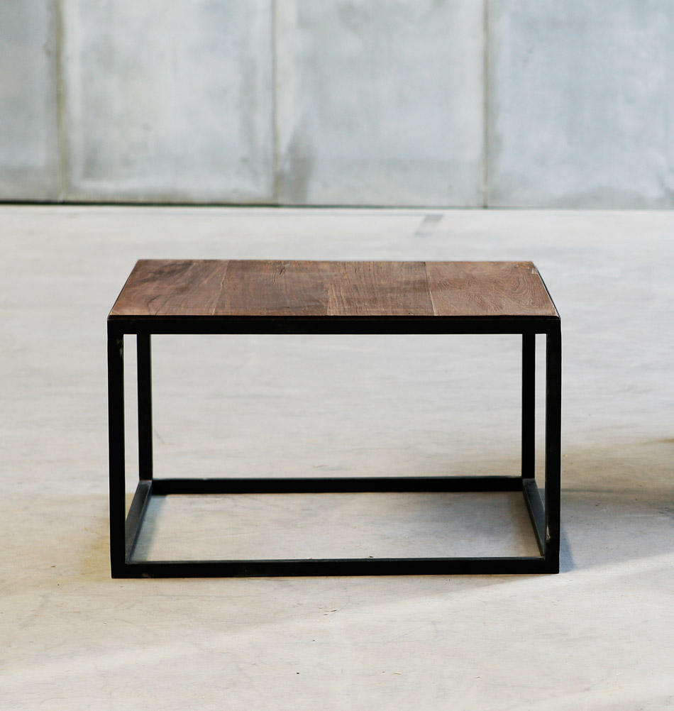 tisch mit metallgestell heerenhuis mesa