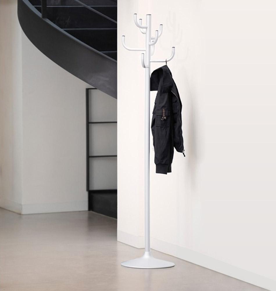 jan kurtz design garderobenst nder kaktus. Black Bedroom Furniture Sets. Home Design Ideas