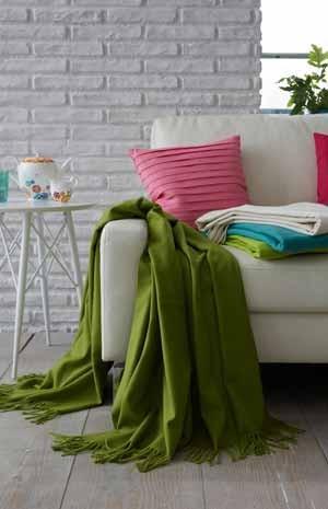 media/image/sofadecken-designer-kuscheldecke-plaid-gruen.jpg