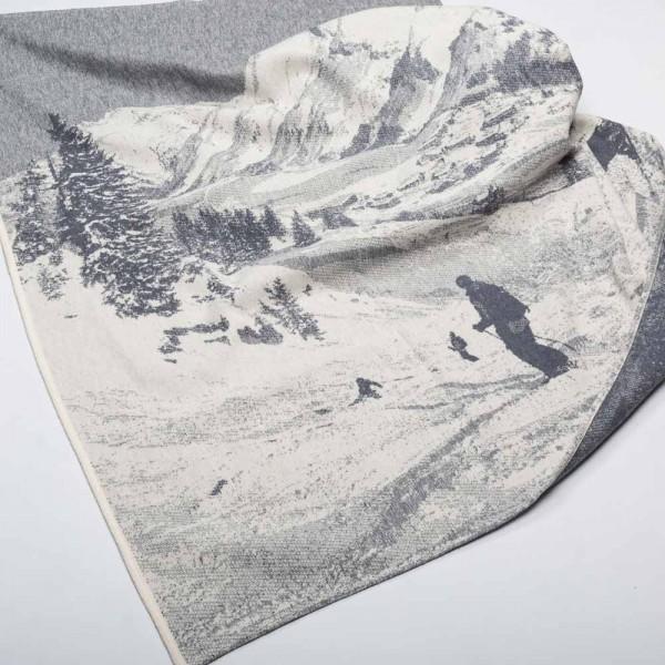 """Kuscheldecke """"Berge"""" von David Fussenegger"""