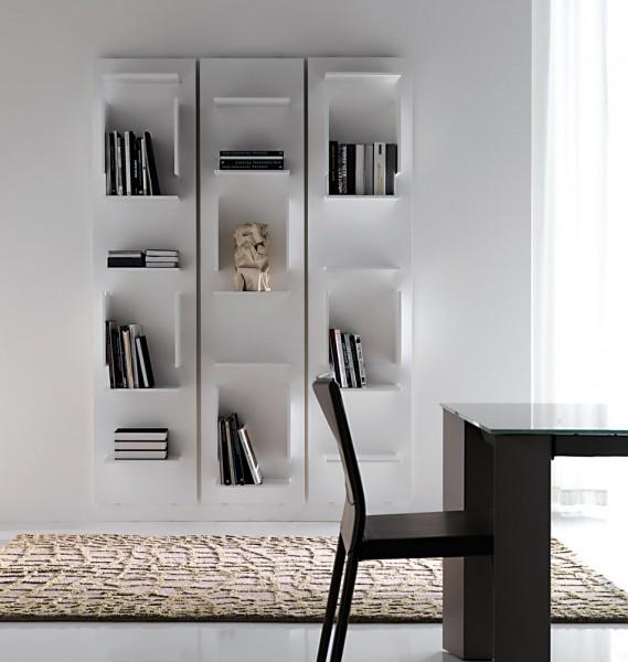 cattelan italia modernes b cherregal in wei. Black Bedroom Furniture Sets. Home Design Ideas