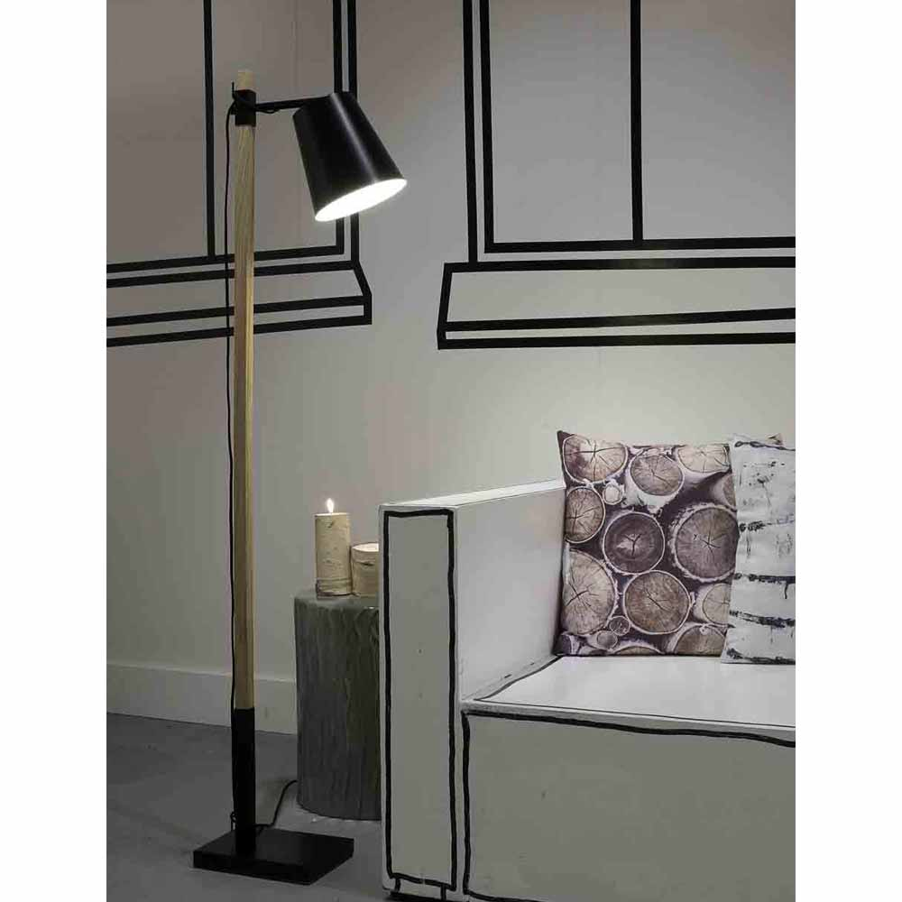 moderne stehlampen aus metall holz online bestellen. Black Bedroom Furniture Sets. Home Design Ideas