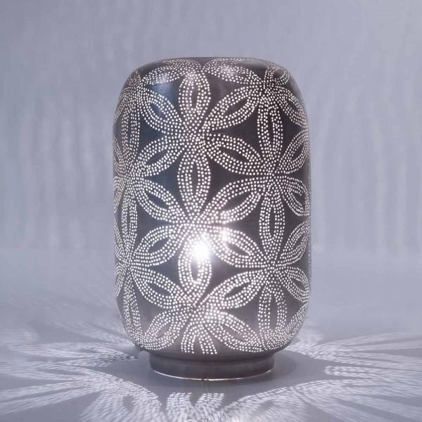 """Orientalische Tischlampe """"Lasra"""" aus silberfarbenem Messing"""