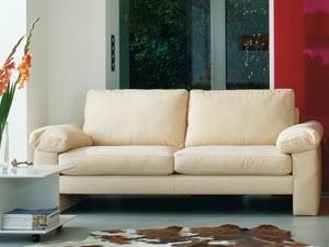 media/image/sofa-beige-sofas-designer-wohnzimmermoebel-polstermoebel.jpg