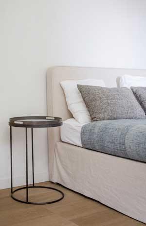 silber nachttisch best full size of nachttisch weiss home affaire tessin wei bth with metall. Black Bedroom Furniture Sets. Home Design Ideas