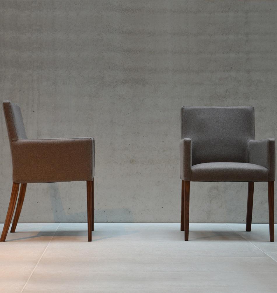 jan kurtz polsterstuhl augus nussbaum. Black Bedroom Furniture Sets. Home Design Ideas