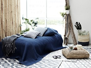 boho chic m bel im hippie stil. Black Bedroom Furniture Sets. Home Design Ideas