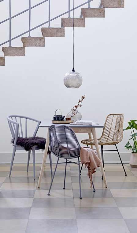 Stühle Mix Im Esszimmer
