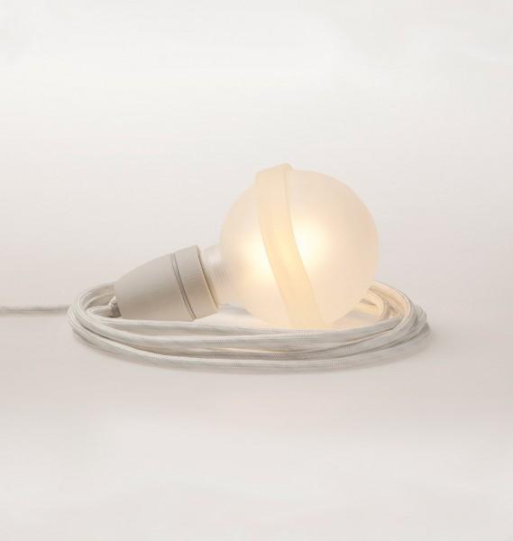 """Raumgestalt Designerlampe """"Lampa"""" mit weißem Kabel"""