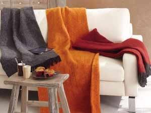 media/image/sofadecken-kuscheldecke-plaid-designer-wohnaccessoires.jpg
