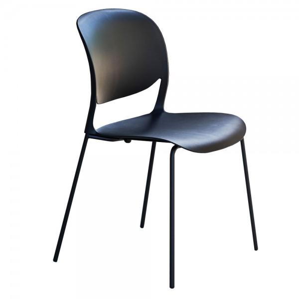 """Schwarzer Designerstuhl """"Smile"""" - stapelbarer Stuhl von jankurtz"""