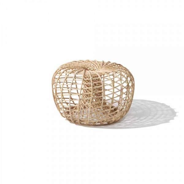 """Kleiner Hocker """"Nest"""" aus Rattan im skandinavischen Design"""