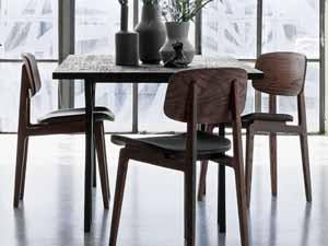 Natürlichkeit Am Esstisch: Unsere Holzstühle Fürs Esszimmer Verbreiten  Sofort Eine Warme Und Wohnliche Atmosphäre. Verschönern Sie Ihren  Essbereich Mit ...