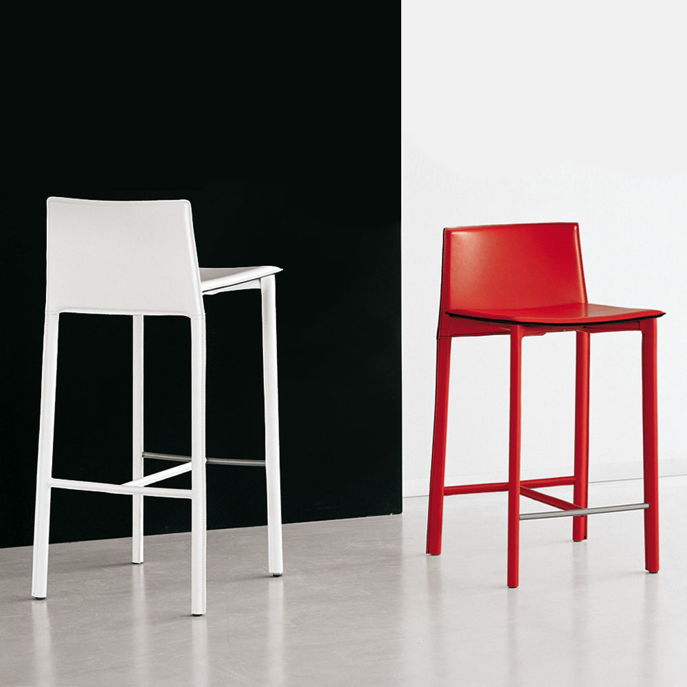 cattelan italia modernes barm bel aus leder. Black Bedroom Furniture Sets. Home Design Ideas