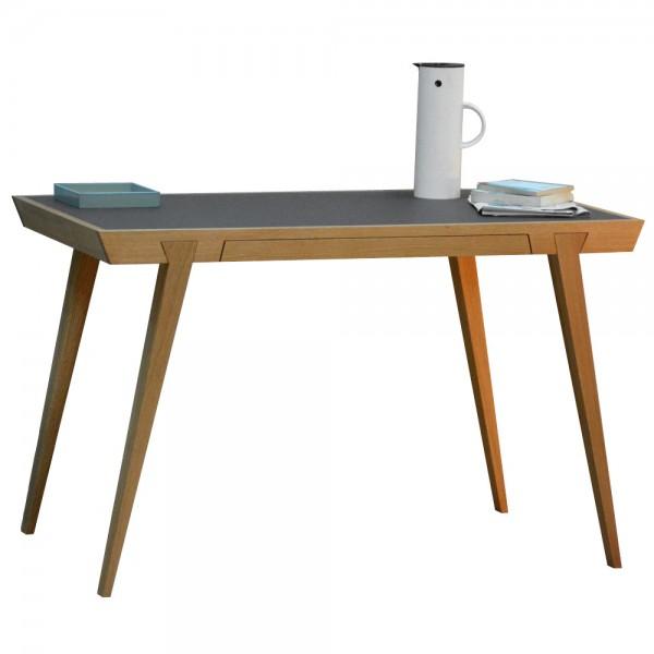 """Schreibtisch """"Desk"""" aus massiver Eiche - von jankurtz"""