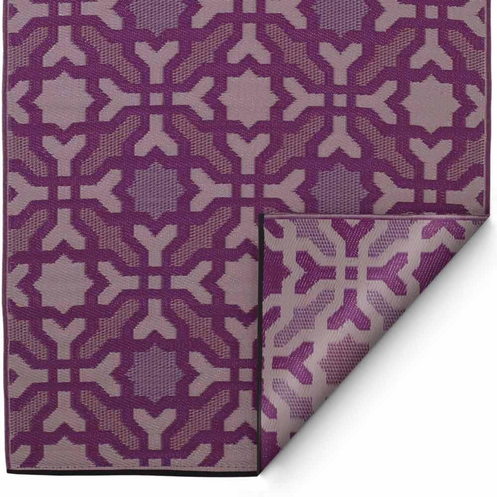Outdoor teppich safira violett outdoor teppiche for Ohrensessel violett
