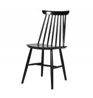 Skandinavisches Design: Schwarzer Stuhl