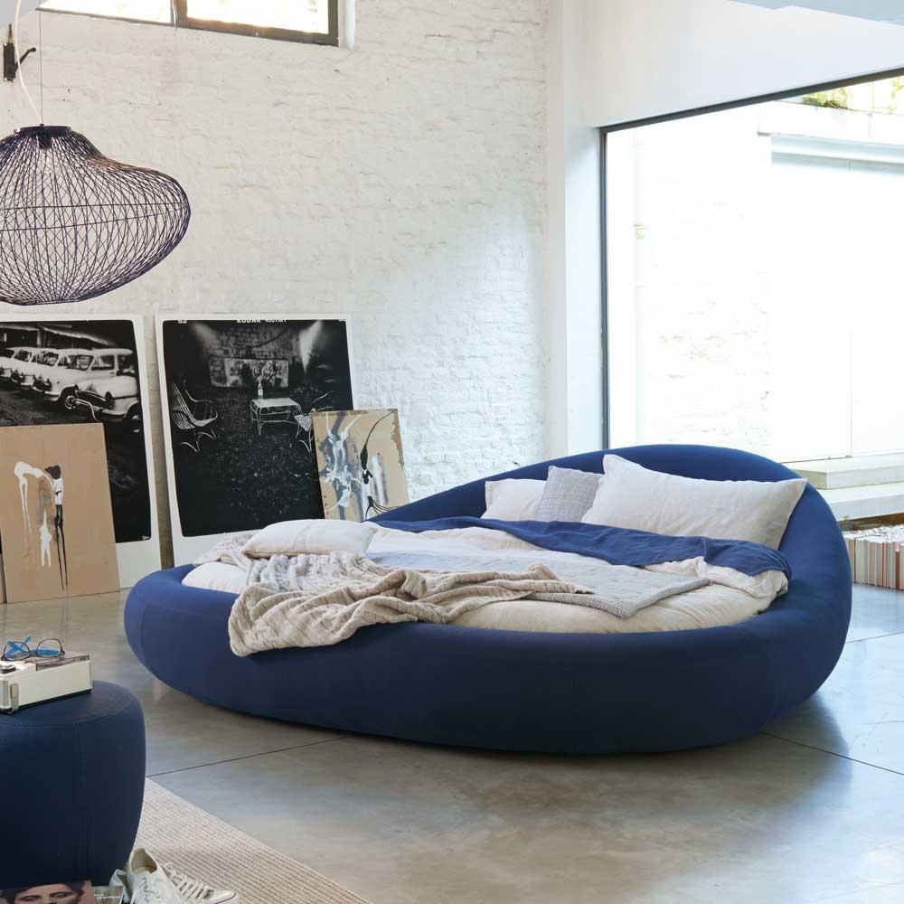 designer bett rund inneneinrichtung und m bel. Black Bedroom Furniture Sets. Home Design Ideas