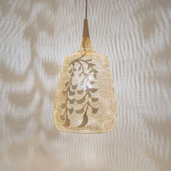 Raffinierte Schatten - kleine, orientalische Lampe aus goldfarbenem Messing